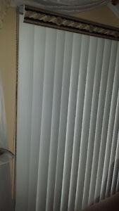 Multiple Vertical Blinds for Sale (8 windows) West Island Greater Montréal image 3