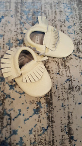 Baby moccasins brand new fits 6-12 months