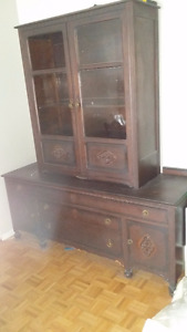 Knechtel Dining Table Hutch And China Cabinet