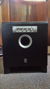 YAMAHA Subwoofer YST - SW015 - Excellent Condition