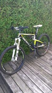 Vélos médium à vendre