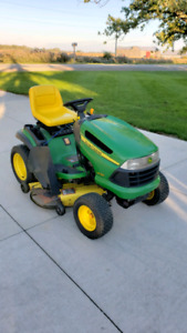 LA 130 John Deere Riding Mower