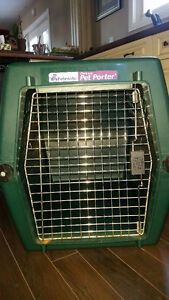 Used Petmate Deluxe Pet Porter Dog Crate