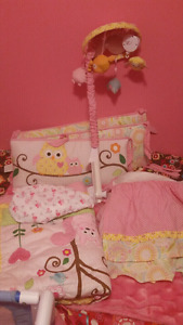 "Girls crib bedding set ""Owl theme"""