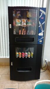 Vending machine with location, Compact Refreshment Center