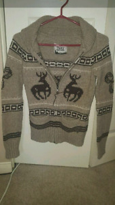 Woman's TNA Sweater