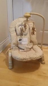 banc vibrant pour bébé