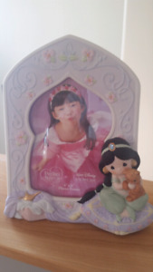 Disney Precious Moments Jasmine Picture Frame