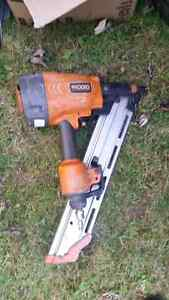 Ridgid stick nailer and bostitch coil nailer and router Kitchener / Waterloo Kitchener Area image 2
