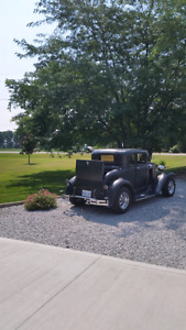 1930 FORD COUPE with rumble seat