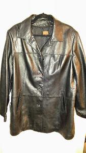 Ladies Danier Brand Black Leather Jacket Size 2X