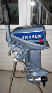 9.9HP Evinrude Outboard Motor, Electric Start (1988)