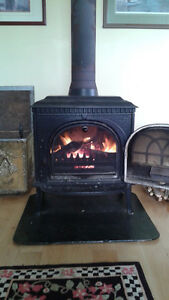 Jotul # 8 Embossed Enamel Wood Burning Stove