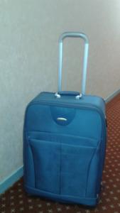 """Samsonite blue navy expandable Luggage 26"""""""