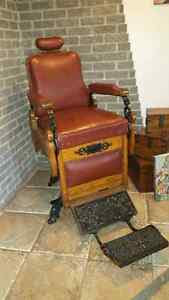 BEAUTIFUL 1895 BARBER CHAIR