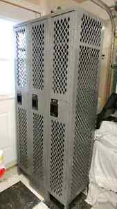 3 section lockers