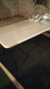 6 foot folding table with table cloth