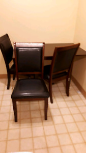 Table w/ 3 chairs