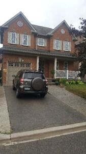 Detached House 3 bdrm In a Desirable area of Oakville