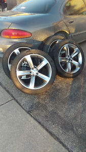 2015 Dodge Challenger OEM Alloy Rims c/w tires