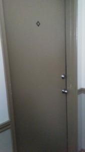 Bright 3 bedroom with heat/hot water/power included $1900