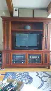 Broyhill entertainment cabinet