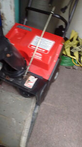 electic snow blower and nearly new hose for sale