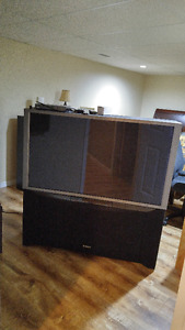 50 inch rear projection TV