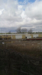 KITCHENER BUILDING AND LARGE YARD FOR LEASE Kitchener / Waterloo Kitchener Area image 5