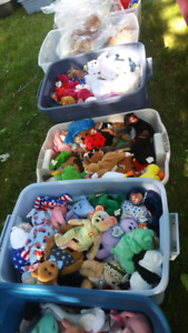 Garage sale St. Claire and Glenburn