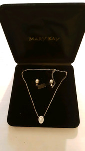 MARY KAY Necklace/Earring Set