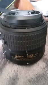 Nikon D3200 + Starter lens and accessories
