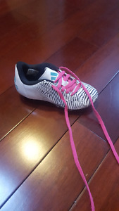 Adidas Size 12K Girls soccer shoes