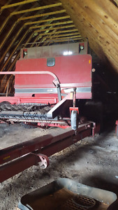 Case ih 1482 and 1682 combine