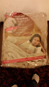 Queen size Electric Heated blanket $30