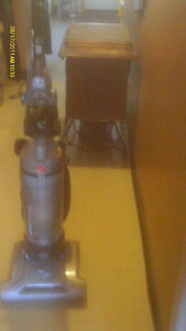 hoover upright vac appr. 3 yrs old but only used 1/2 dozen times