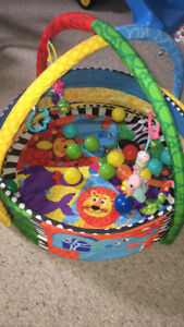 infant ball pit