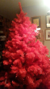 Stunning red christmas tree, brand new, tags still on, no box.
