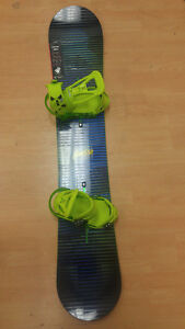 NEW! Burton Clash 158 Snowboard and Burton Freestyle Bindings