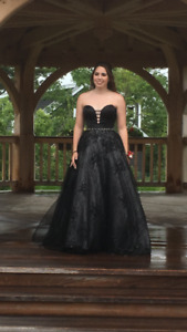 Size 4 Black prom dress
