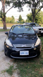 2011 Ford Fiesta for sale! MINT CONDITION!