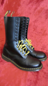 Dr Martens 1914 boots. Brand new, never worn, just tried.