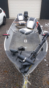 14ft aluminum fishing boat-No trailer