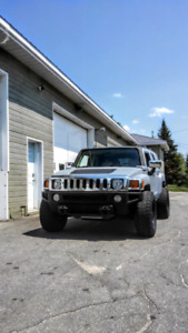 Lifted Hummer H3 2006 look surprenant