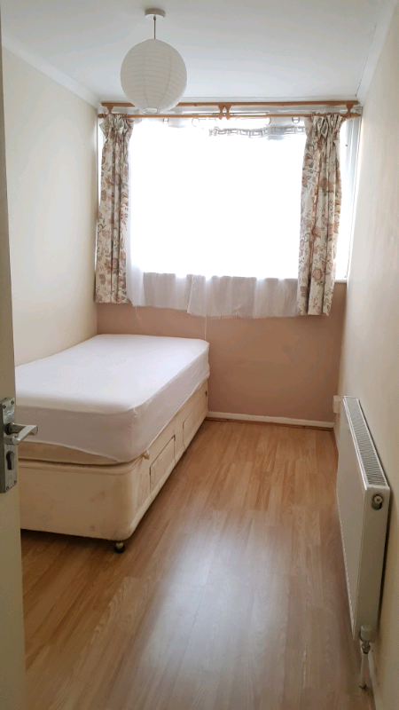 Room.for rent in wembley central