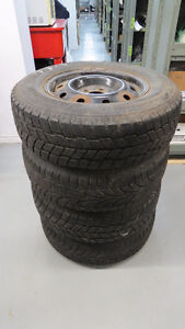 SET OF WINTER TIRES AND RIMS FOR DODGE & CHRYSLER 215/70R15