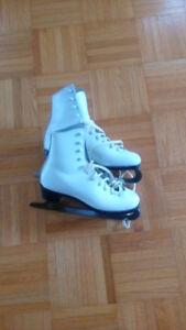figure skates - size 6