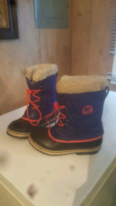 Sorell Kids Size 5 winter Boots