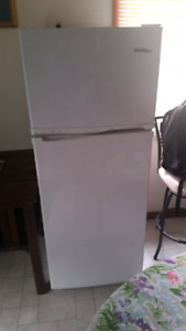Danby apartment sized refrigerator