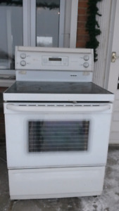 Flattop GE convection stove